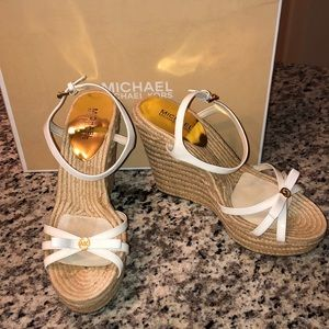 MICHAEL Michael Kors Josie Wedge- Optic White